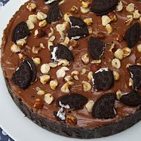 http://www.bakingsecrets.lt/2015/05/nekeptas-nutella-ir-oreo-surio-tortas.html
