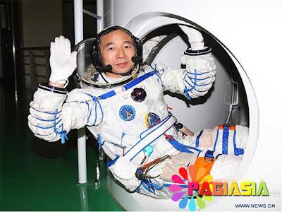 Inilah Astronout dari China yang Sudah Berangkat Sebanyak 3 kali