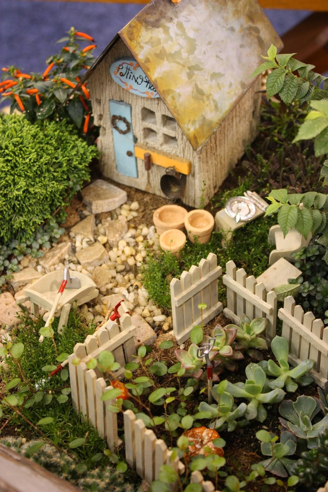 Gnome Garden: Fairy Gardening