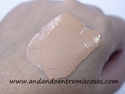 CC Cream De Bella Aurora, Swatch