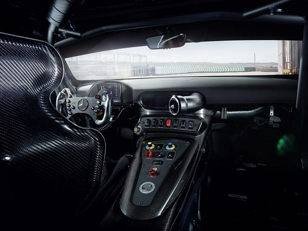 Interior Mercedes-AMG GT4
