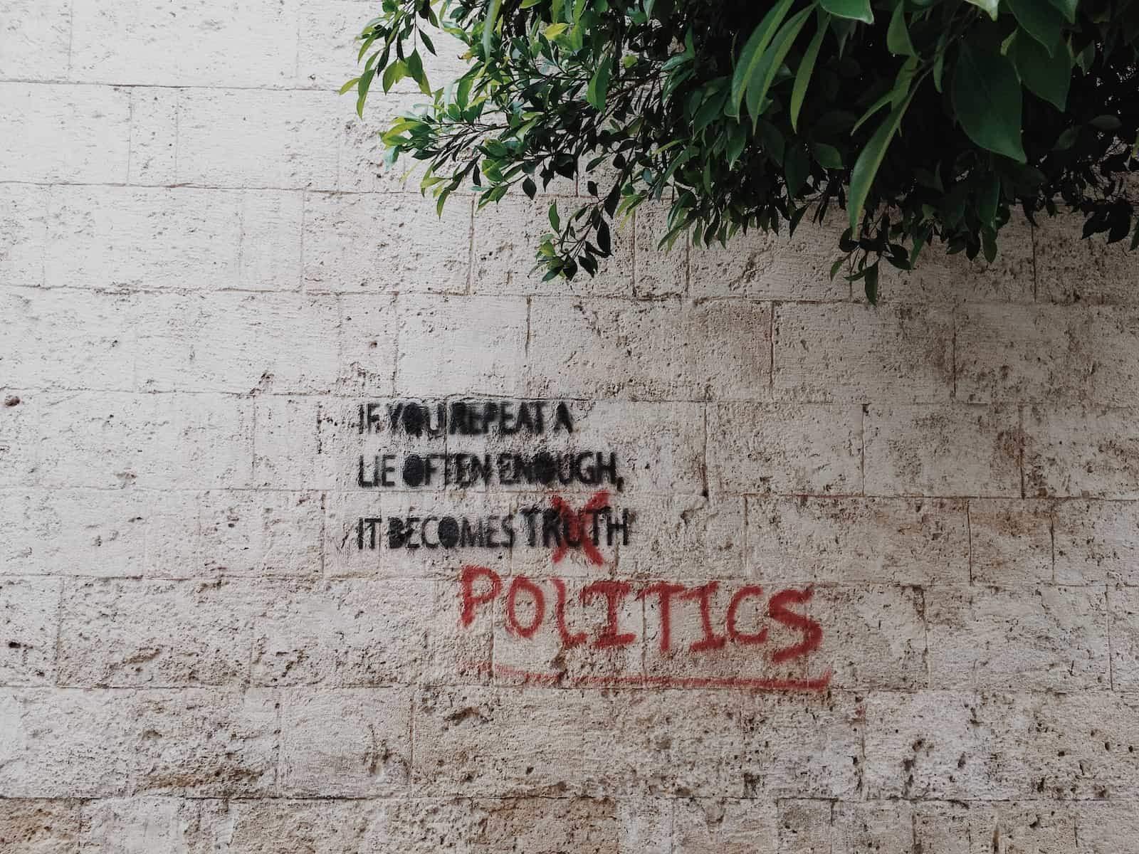 #829 Política, poder y sexo | luisbermejo.com | podcast