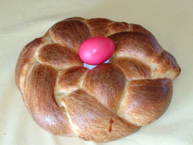 Recipe for Greek Tsoureki (Easter Bread-Cake)