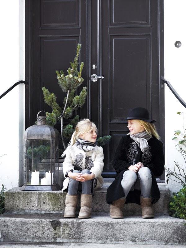 christmas at tine k. Black Bedroom Furniture Sets. Home Design Ideas