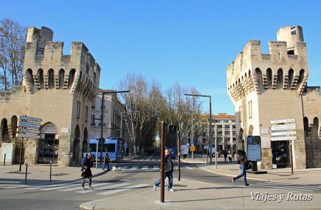 Puerta de La Republica, Muralla de Avignon