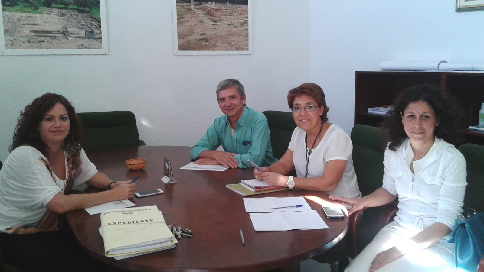 El parte municipal reuni n de trabajo con la directora de for Oficinas sae sevilla
