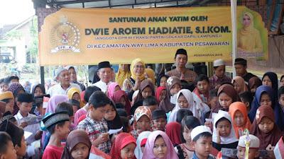 Safari Ramadhan, Aroem Santuni Anak Yatim di Way Lima