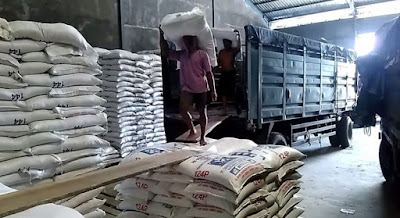 Peluang Usaha Jadi Distributor Pakan Ternak Ayam