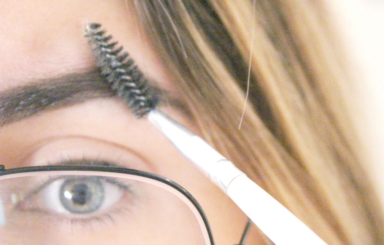 redessiner ses sourcils