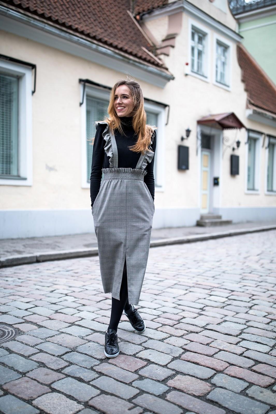 grey ruffle midi skirt outfit