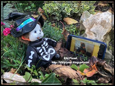 kiki monchhichi halloween squelette kiki la sorcière catacombe paris