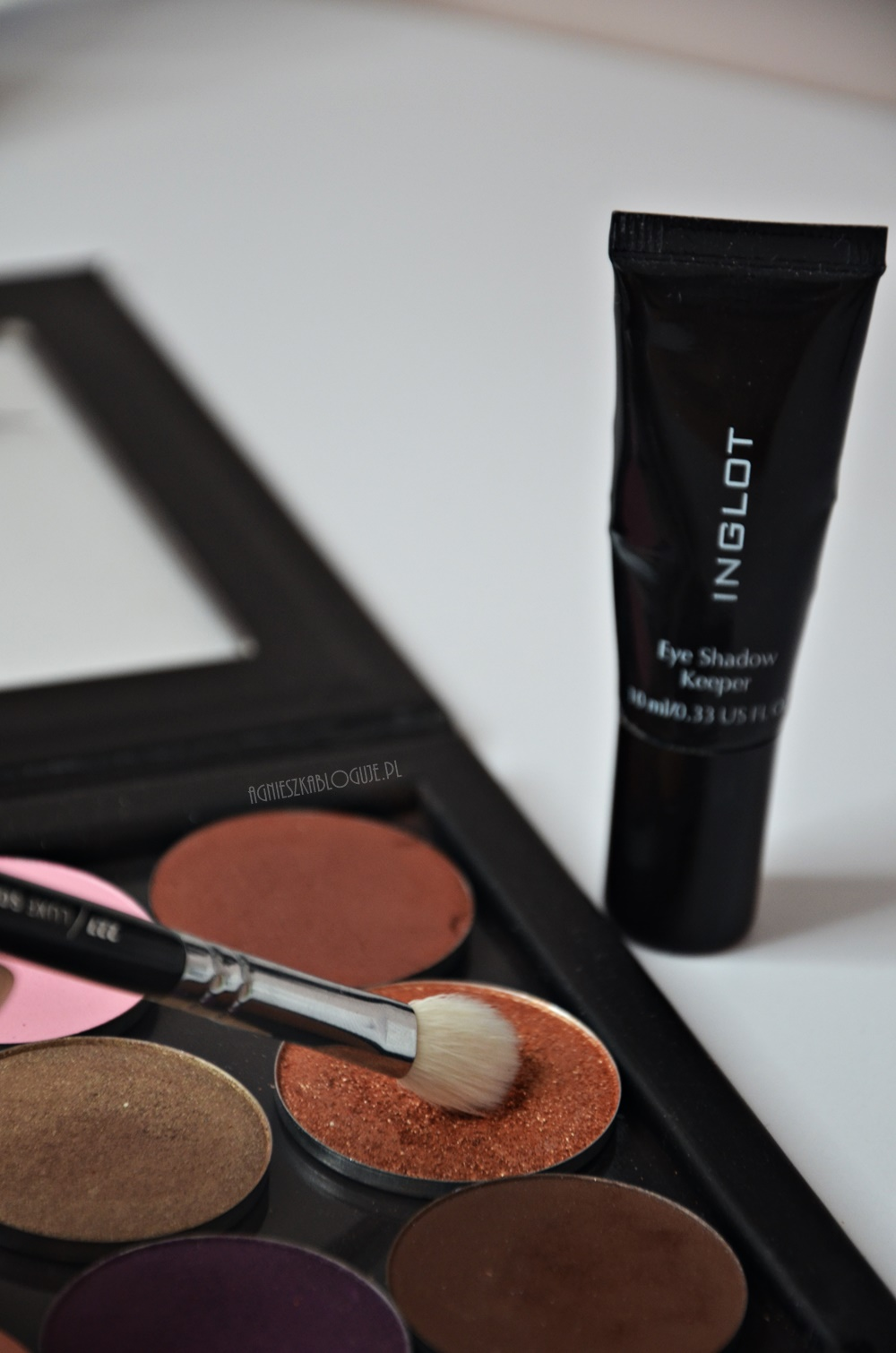 baza-pod-cienie-inglot-eye-shadow-keeper-zamiennik