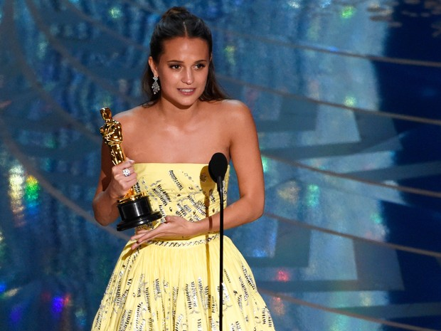 revelou na noite deste domingo (28) os vencedores do Oscar 2016. Veja abaixo a lista completa de premiados: