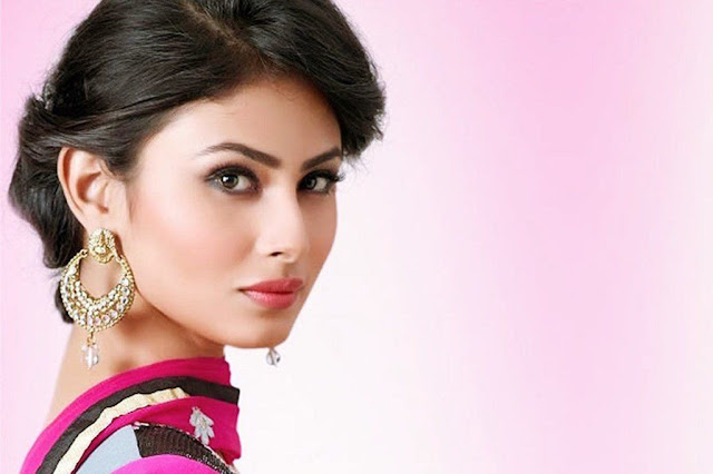 Mouni Roy Images, Hot Photos & HD Wallpapers