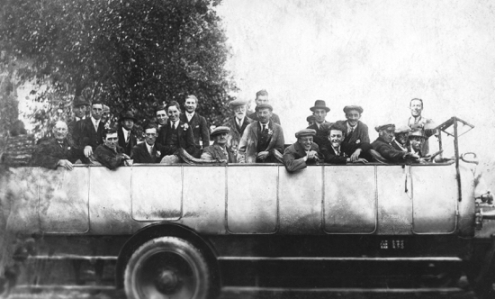 Photograph of Shadbolt and Nash charabanc outing to Brighton (abt. 1927)