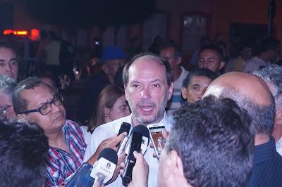 """Ivo Gomes chama de """"maluquice"""" a decisão da Justiça de cassar seu diploma"""