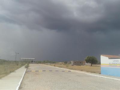 Resultado de imagem para chuva em varzea jefte news