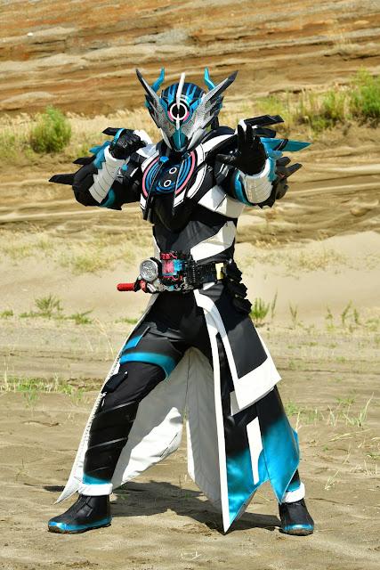 Harits Tokusatsu | Blog Tokusatsu Indonesia: Kamen Rider Cross-Z Evol & Kamen Rider Killbus Revealed!