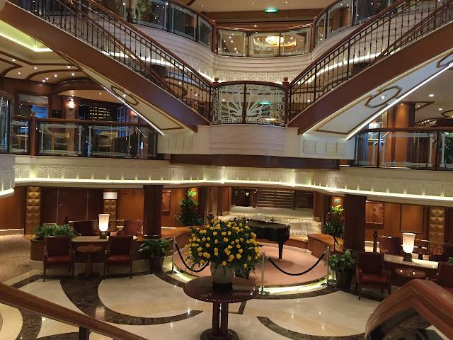 Foyer Area Near Me : Cruise around great britain cunard queen elizabeth review