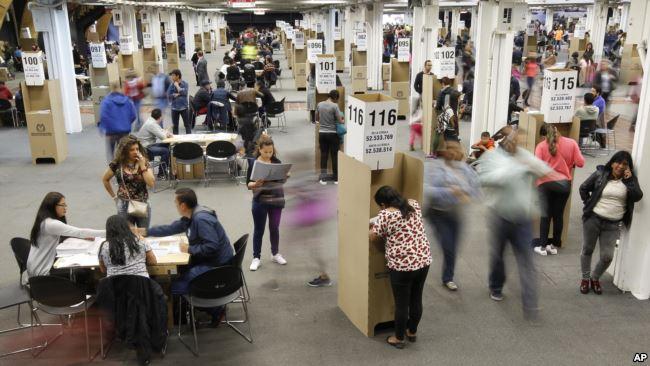 Colombia vivió su elección parlamentaria este domingo / AP