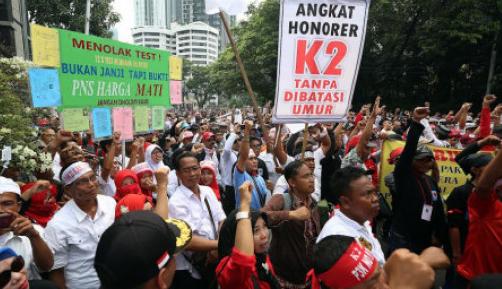Aksi Honorer K2 Desak MenPAN-RB Tidak Terbitkan PP P3K