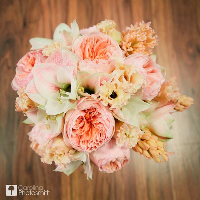 De Lovely Affair: {Top 10} Roses & Wedding Bouquets