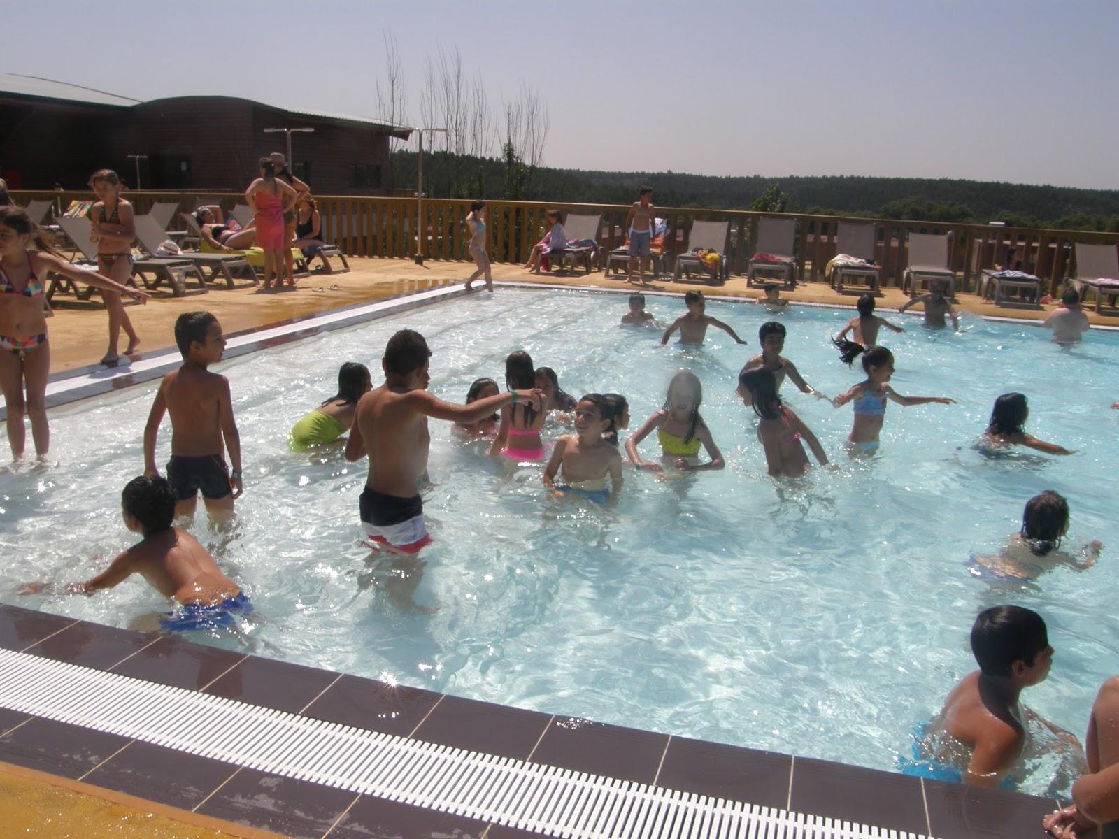 A escola do mar dia da crian a a piscina do zmar for Piscina zmar