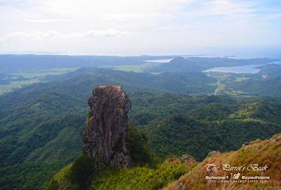Pico De Loro and Parrot's Beak Experience - Schadow1 Expeditions