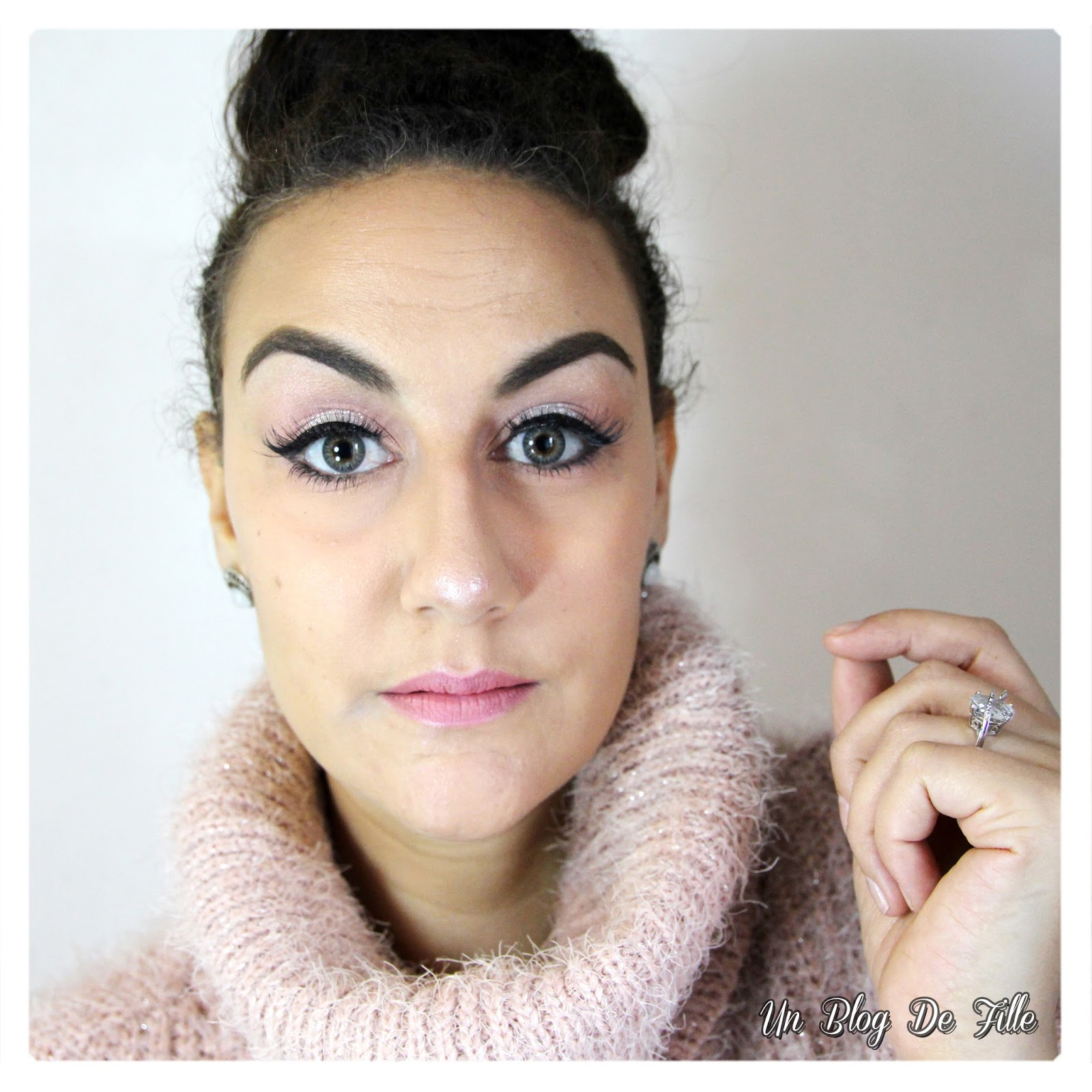 https://unblogdefille.blogspot.fr/2018/03/maquillage-rose-et-argent-msc.html