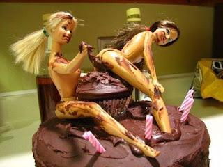 bolo de chocolate com fezes