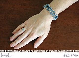 Futuregirl Com Craft Blog   Crochet Beaded Bracelet  Aspx