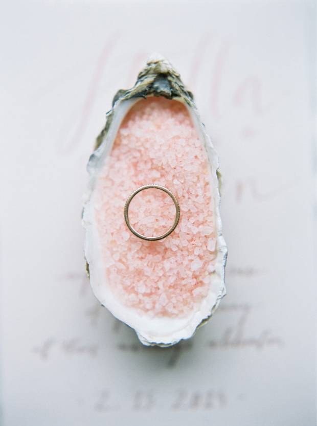 the wedding decorator pantone 39 s rose quartz and serenity. Black Bedroom Furniture Sets. Home Design Ideas
