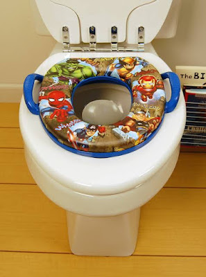 dudukkan closet untuk anak yang belajar toilet training