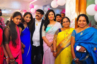 Sreemukhi Launches Manvis Saloon  0035.jpg