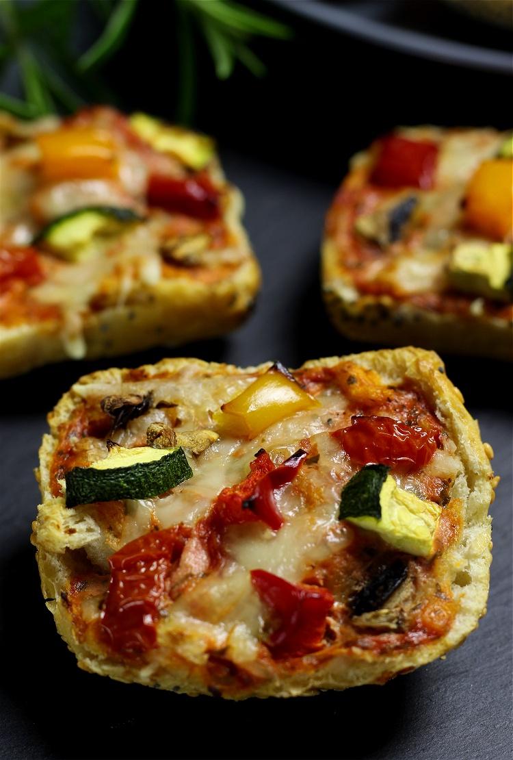 Mini-Pizzabrötchen 2