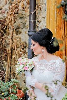 romantik sokaklar eiffel kulesi manzaralı nikah resimleri