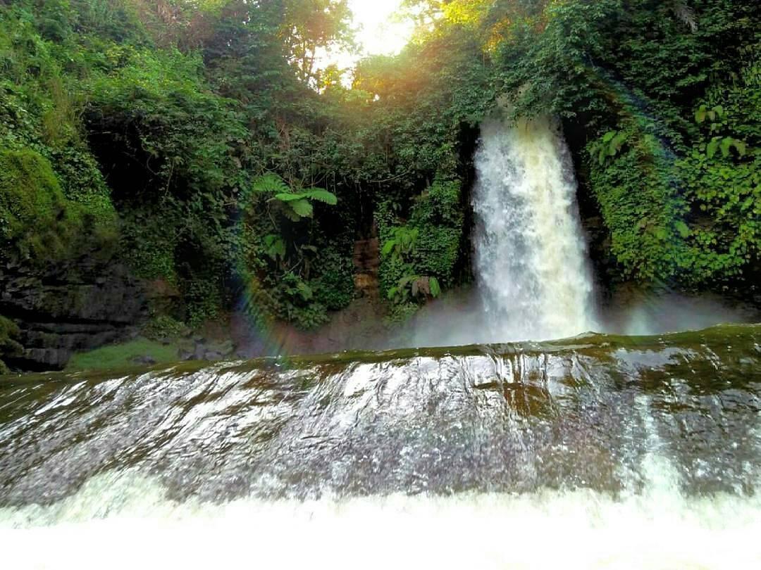 4 Air Terjun Wisata Populer di Sekitaran Kuningan – Jawa Barat