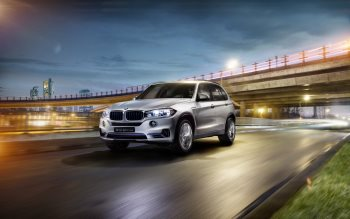 Wallpaper: BMW Concept X5 eDrive