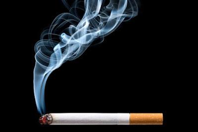 Tránh xa khói thuốc lá để phòng bệnh viêm phế quản