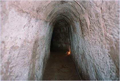 อุโมงค์กู๋จี (Cu Chi Tunnels)