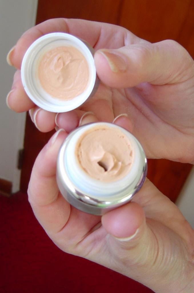 Monave Mineral Makeup Vegan Mousse Foundation (Claire).jpeg