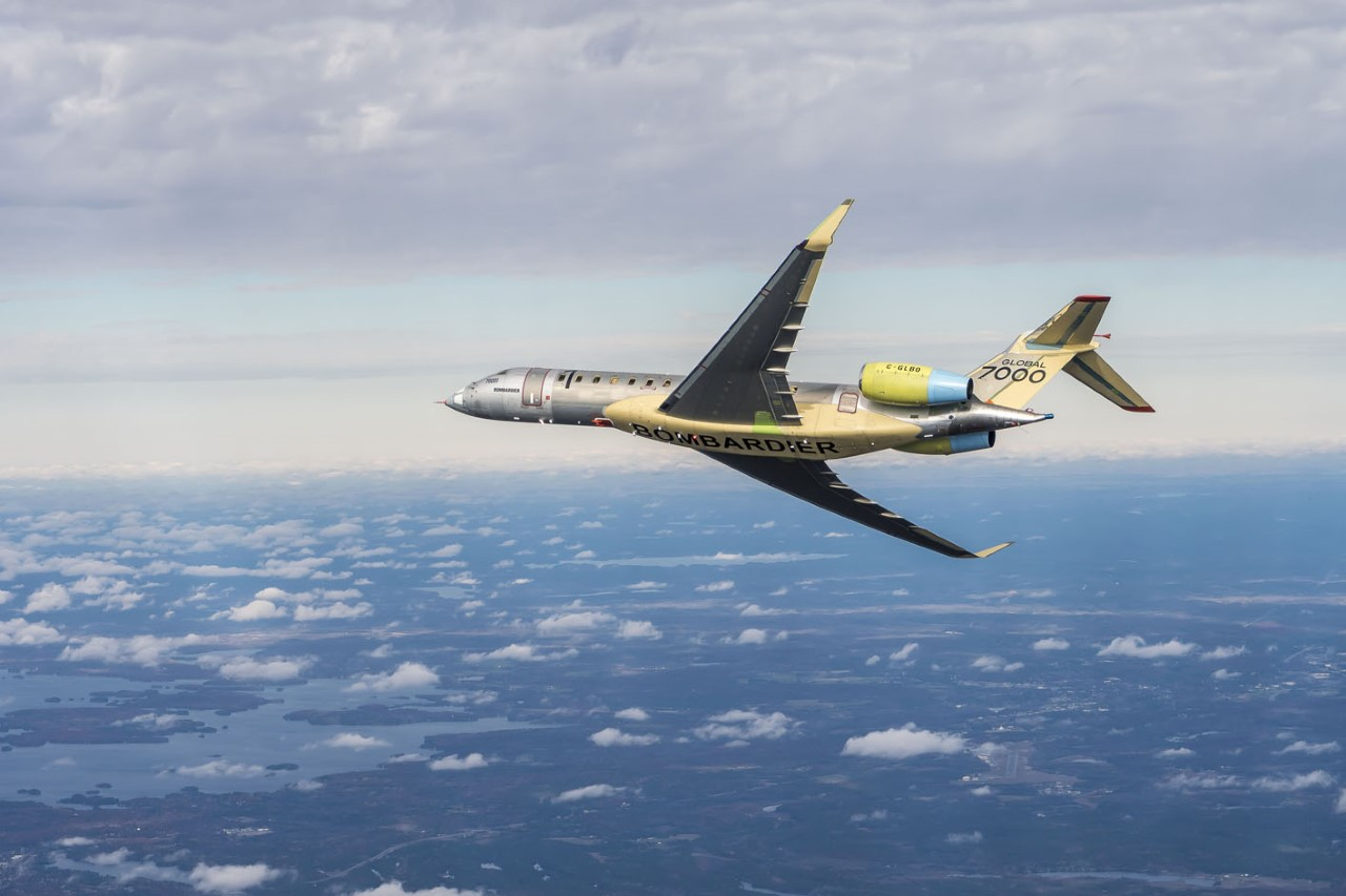 Bombardier Performs the First Flight of the Global 7000