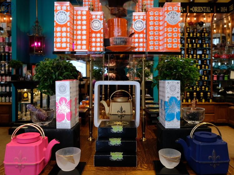 Le Chameau Bleu - Thé Sakura chez Mariage Freres Paris