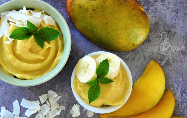https://zielonekoktajle.blogspot.com/2017/08/mango-ananas-banan-mleko-kokosowe.html