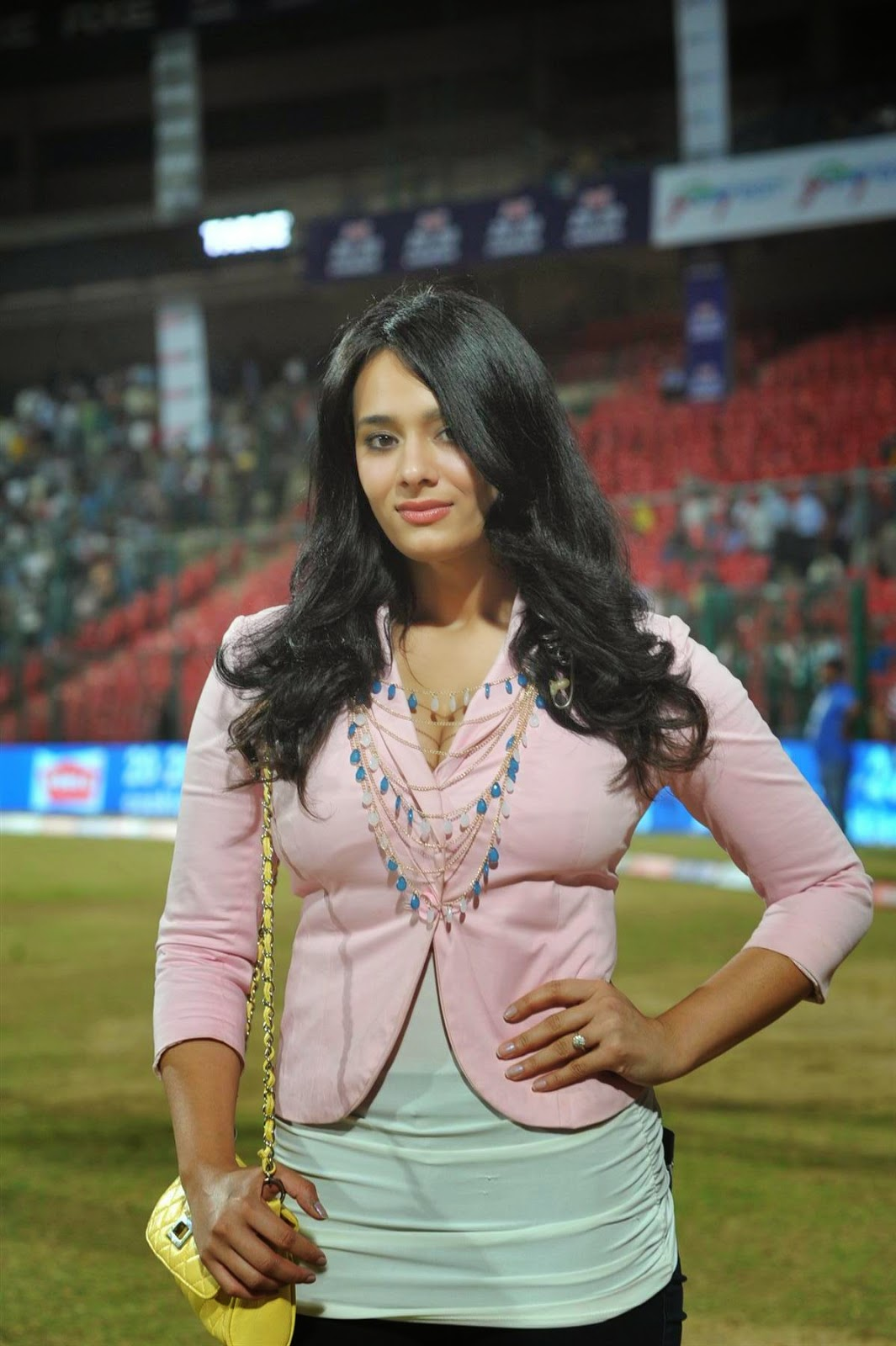 Mayanti Langer HD Images | HD Pictures of Mayanti Langer