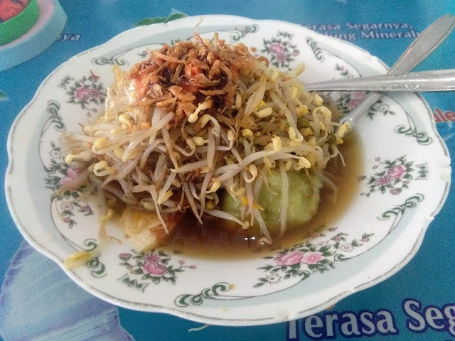 Lontong Balap