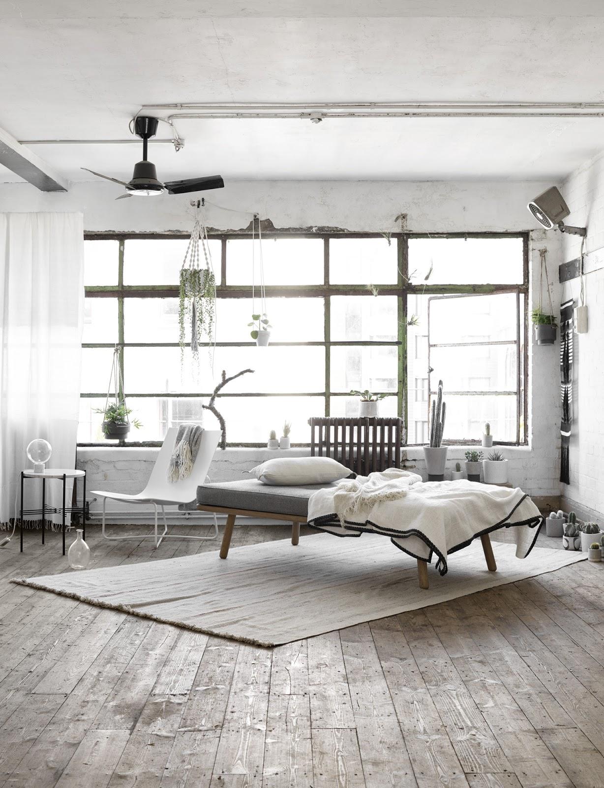 Green loft stile industriale piante e luce naturale for Arredamento stile industriale loft