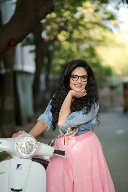 Anchor Sreemukhi New Photos