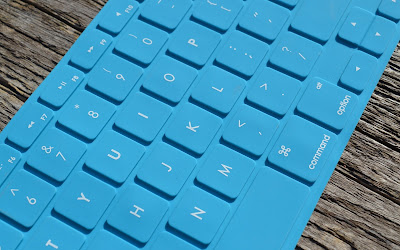 blue keyboard widescreen resolution hd wallpaper