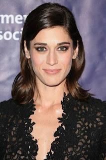 ليزي كابلان (Lizzy Caplan)، ممثلة أمريكية